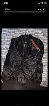 Bomber jacket want gone