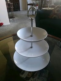 white and gray metal base table Silver Spring, 20902
