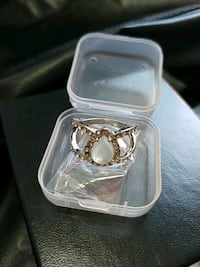 Ring, Size 9.