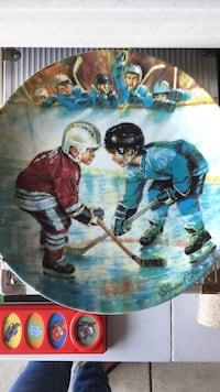 Two boys playing hockey decorative plate Barrie, L4N 5V4
