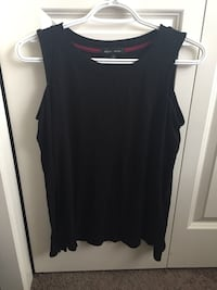 Black shoulder cut out shirt
