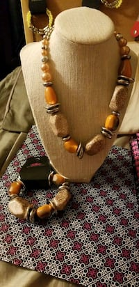 brown and black beaded necklace Reno, 89502