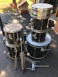 TAMA Rockstar 6 piece Drum kit.Great practice kit or road kit.Many Xtras. Leesburg, 20175