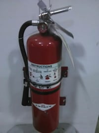 Large fire extinguisher Full never been used brand Langley, V3A 4B3