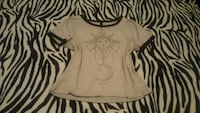 T-shirt size small  Calexico, 92231