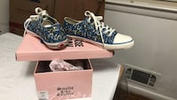 #  81/2  blue and white color  NEW    juicy Couture, great for a gift  Mc Lean, 22101