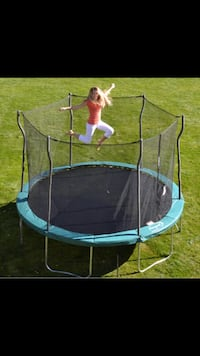 round black and gray trampoline Bristow, 20136