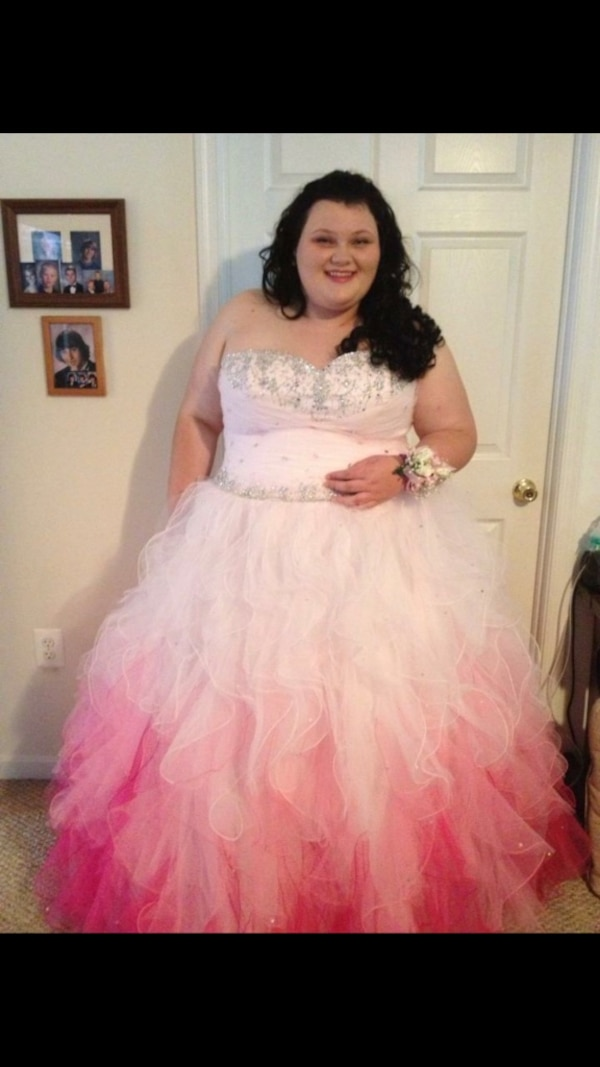 b82741e2eec Used Pink Sweetheart Prom Dress for sale in Baltimore - letgo