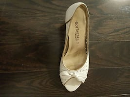 White softwear shoe heel