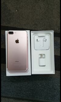 rose gold iPhone 7 plus with box Surrey