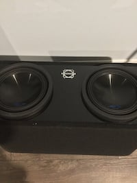 Two 10inch alpine type s subwoofers with bassworx box   Cambridge, N1T 1Z9