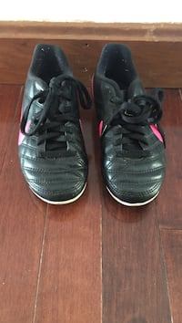 NIKE TIEMPO SOCCER TODDLER  CLEATS SIZE 10C Waterford, 06375