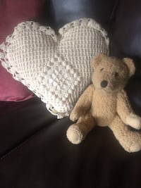 Pretty crotched heart pillow  Hanover, 17331