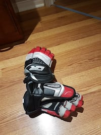 pair of black-red-and-white gloves Terrebonne, J6Y 1P9