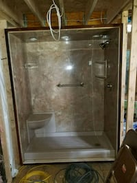 Complete shower assembly, was a show model Central Square, 13036