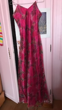 Robe taille 40/42 Aulnay-sous-Bois, 93600