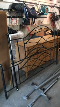 King size headboard and footboard an frame Woburn, 01801