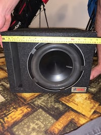"10""Subwoofer in ported box W/ Amp"