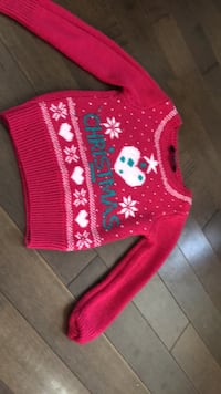 4t sweater  Chestermere, T1X 0P9
