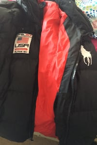 Polo coat never worn for sell  Elsmere, 19805