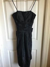 Vera Wang Maids Black Strapless dress in Size 8