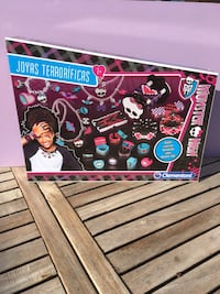 Caja Monster High Pinto