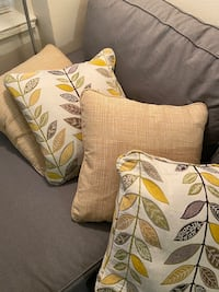 Throw pillows - like new