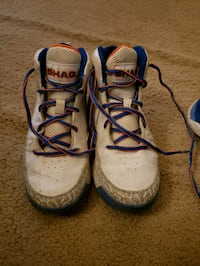Shaq jordans shoes boys size 3 Lubbock, 79423