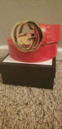 Real red Gucci leather belt with box San Antonio, 78227