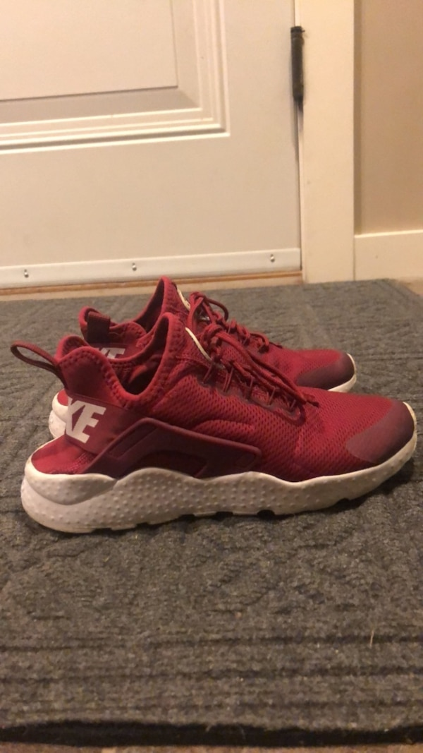 buy popular a3a30 cc7db burgundy Nike huarache