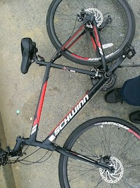 Schwinn 21 speed Brand new 49 km