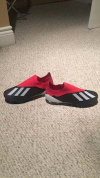 pair of black-and-red Adidas sneakers Kitchener, N2E 4E5