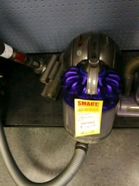 Dyson vacuum in good condition  3156 km