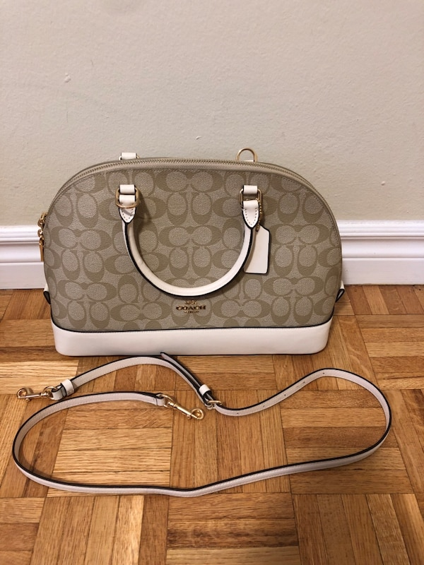 Never been used coach bag!