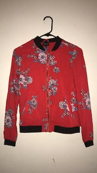 red and white floral zip-up jacket Bell Gardens, 90201