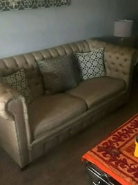 brown leather 3-seat sofa 1205 mi