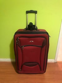 Large Rolling Suitcase in Good Condition Temple Hills