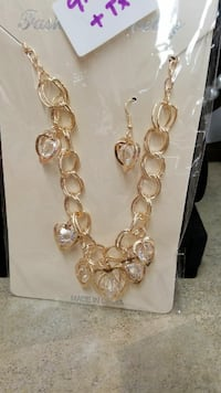 gold-colored clear gemstone encrusted chain necklace pack Poughkeepsie, 12601