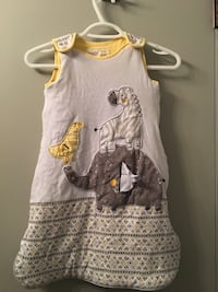 girl's gray and white sleeveless dress Winnipeg, R2C 1M9