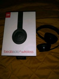 black Beats Solo 3 wireless headphones with box Suitland-Silver Hill, 20746