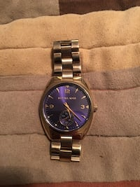 Michael kors watch 749 mi