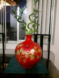 red and yellow floral ceramic vase La Habra, 90631