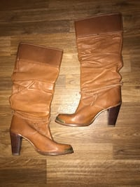 pair of brown leather boots Coleman, 73432