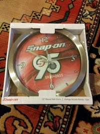 Brand new snap on tools garage/wall clock Seattle, 98155