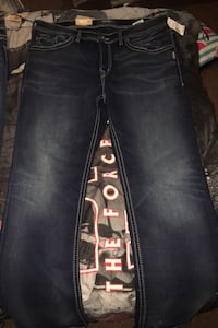 Silver brand jeans from men's warehouse  Girard, 44420