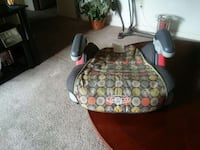 gray and yellow polka dots booster seat Hopkinsville, 42240