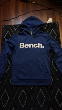 Bench Sweater Châteauguay, J6J 3A1