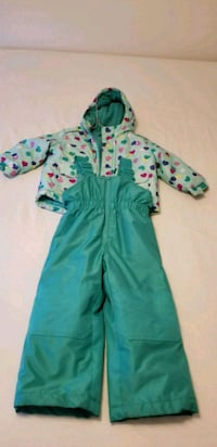 teal and white polka-dot footie pajama Laval, H7W 3G5