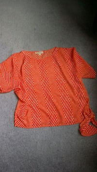 Michael kors loose top size L Fort Myers, 33908
