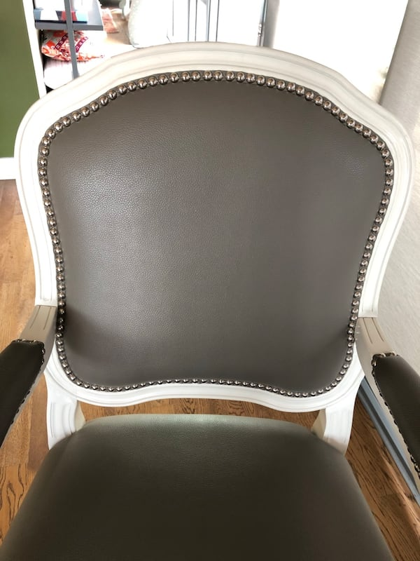 MOVING SALE - leaving October - 2 Chairs available for $180 for the set 243599cf-72a4-4e32-b0b1-dfd5314338c8
